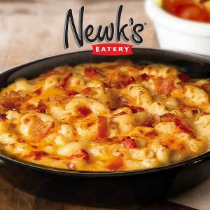 Free Side of Pimiento Mac & Cheese w/ Any Entrée