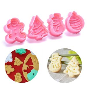 69% Off Christmas-Themed Cookie Stamps (4 Pieces)